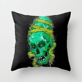 Cavernas Throw Pillow