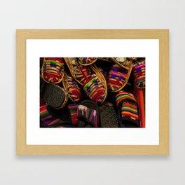 Pies coloridos Framed Art Print