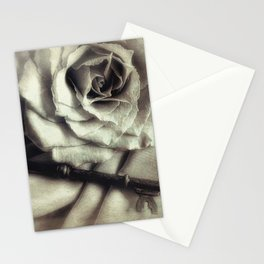 Faded Rose and Old Key Vintage Style Modern Country Cottage Art A130 Stationery Cards