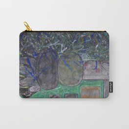 Upward Growth Carry-All Pouch