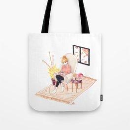 Cocooning Tote Bag