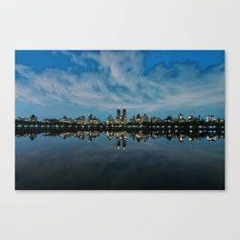 Central Park / 02 Canvas Print