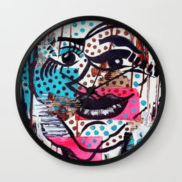 The Dynamic Expressions of Lucy  Wall Clock