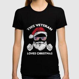 Christmas - This Veteran Loves Christmas T Shirt T-shirt