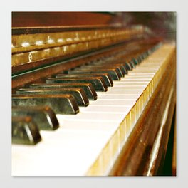 That Old Piano  Canvas Print