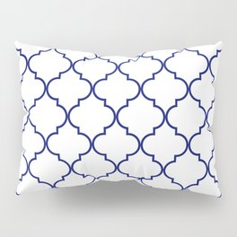 quatrefoil - navy Pillow Sham