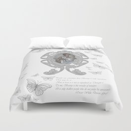 Looking to the Countess Duvet Cover