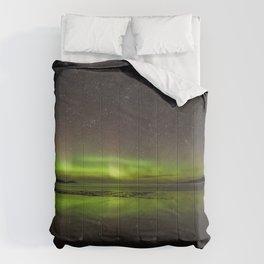 Shawbost shore aurora and stars reflected.  Comforters