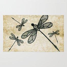 Dragonflies on tan texture Rug