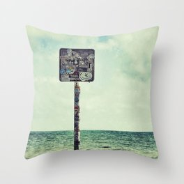 key west water's edge Throw Pillow