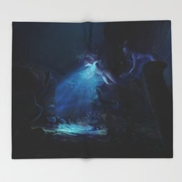 The Heart of  Atlantis Throw Blanket