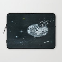 Blowing in Space Laptop Sleeve