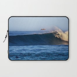Sunrise surfing at Sunset Beach. Laptop Sleeve