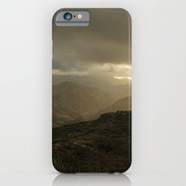 Canaria montana vista iPhone Case