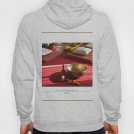 The sound of the golden singing bowl Hoody