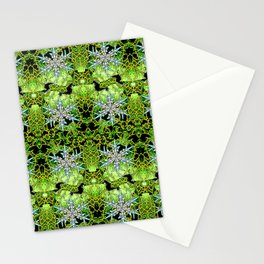 GREEN AURORA WINTER SNOWFLAKES PATTERN Stationery Cards