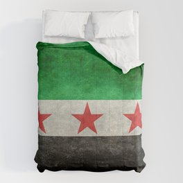 Independence flag of Syria, in grungy vintage style Comforters