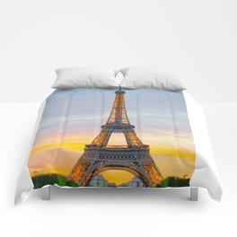 le tour eiffel Comforters