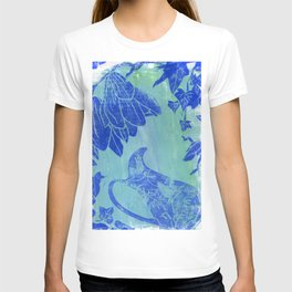 the victory of nature. blue linoprint T-shirt