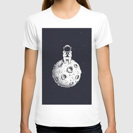 Astronaut with Mobile Phone on Moon T-shirt