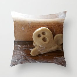 Ginger bread man and rolling pin Throw Pillow