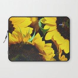 honey to the bee Laptop Sleeve