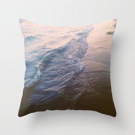 Sunset waves Throw Pillow
