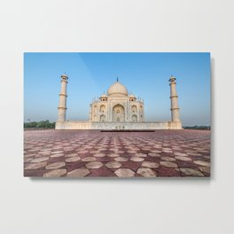 The Taj Mahal in Agra, India - Mughal Architecture Metal Print