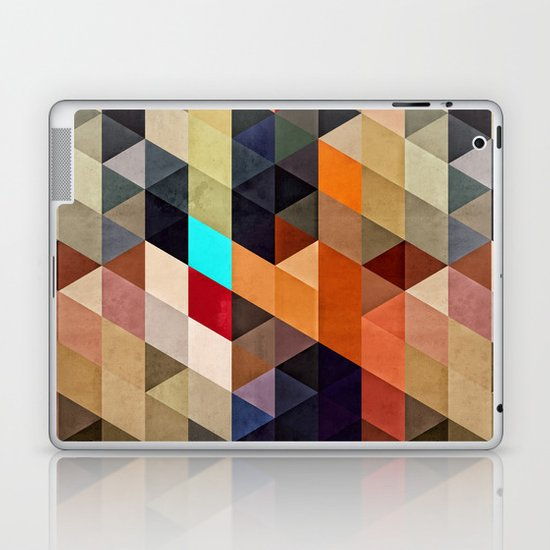 nww pyyce Laptop & iPad Skin