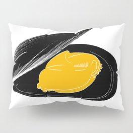 mussel for friends Pillow Sham