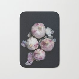 Garlic bulbs Bath Mat