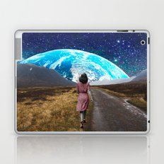 Walking Laptop & iPad Skin