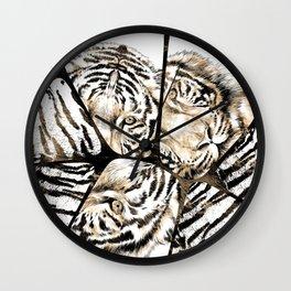 Tiger portrait composition on voronoi pattern Wall Clock