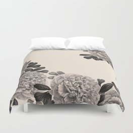 Flowers on a winter day Duvet Cover