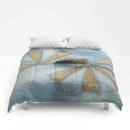 Rusted Triangles on Blue Grey Backdrop Comforters