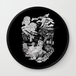 Hispanic Legend La Llorona (black and white) Wall Clock