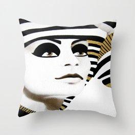 la sfinge cambia look (particolare2) Throw Pillow
