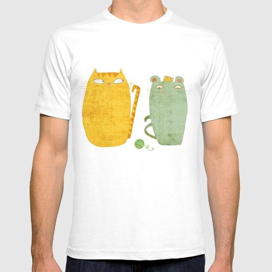 Cat-mouse friendship T-shirt