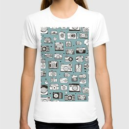 Smile action toy camera vintage photography pattern T-shirt
