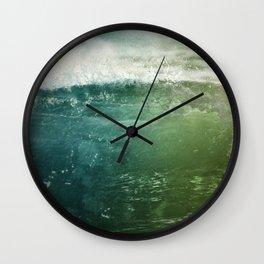 Vagues Jumelles Wall Clock