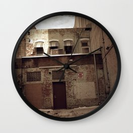 Absolutely No Wall Clock