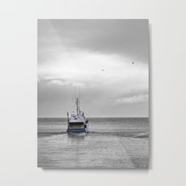 Above the sea, under the sky Metal Print