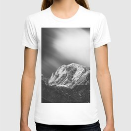 Misty clouds over the mountains in black and white T-shirt
