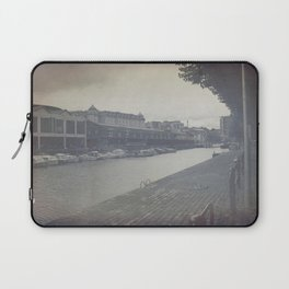 Will they remember us? Laptop Sleeve