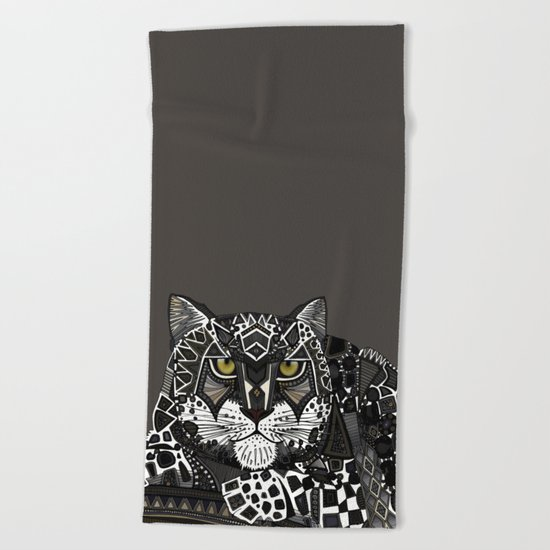 snow leopard lead Beach Towel
