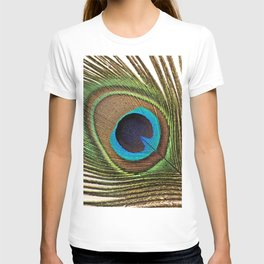 Peacock_20171201_by_JAMFoto T-shirt