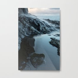 Water falling down the cliffside Metal Print