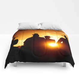 Golden pilgrims Comforters