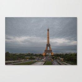 París Canvas Print