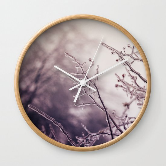reaching Wall Clock